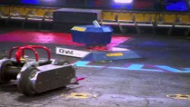 Ice wave vs. Razorback – BattleBots